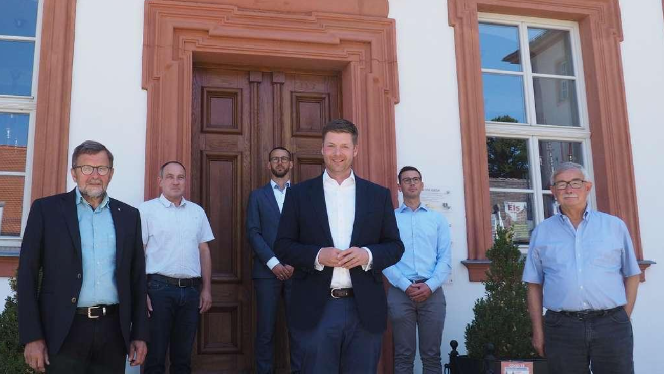 Inaugural visit of Dr. Stefan Heck, the new Chairman of the Board of Trustees to the Point Alpha Foundation in Geisa. From left: Eberhard Fennel, Roman Smolorz, Marc- André Link, Stefan Heck, Sebastian Leitsch, and Berthold Jost. Photo: Point Alpha.