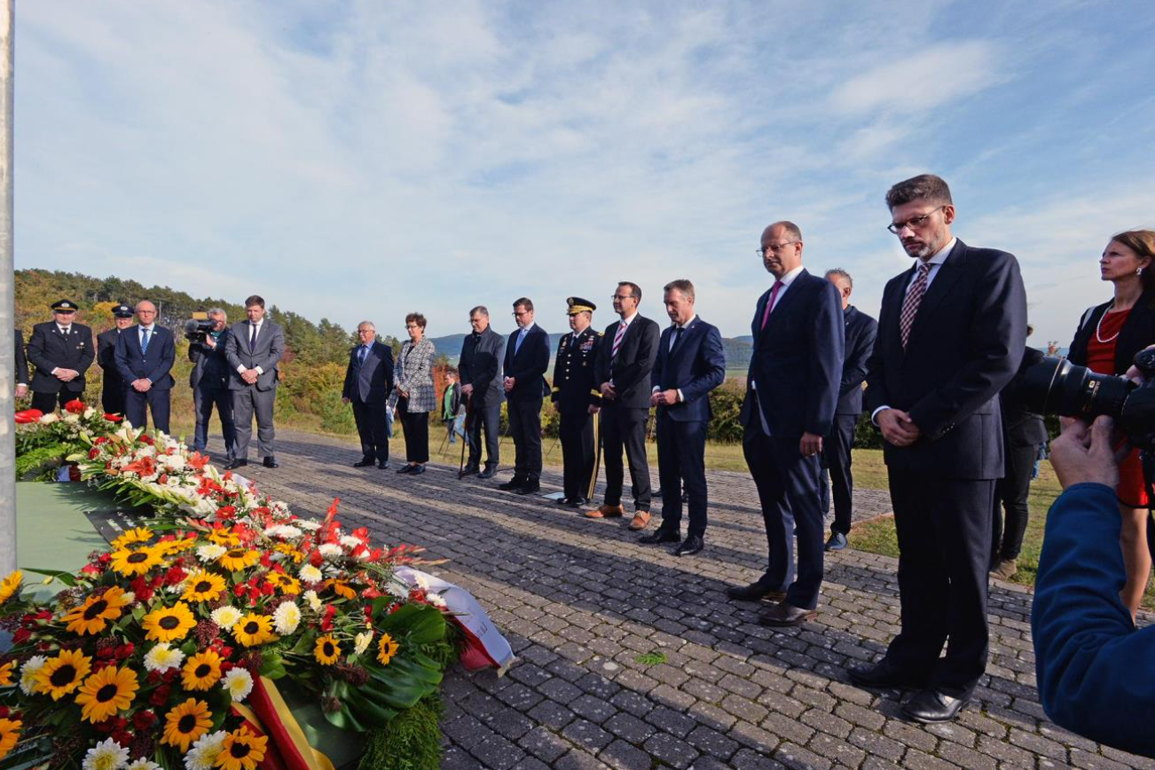"""Photo gallery: Ceremony at Point Alpha - """"30 Years of German Unity"""""""